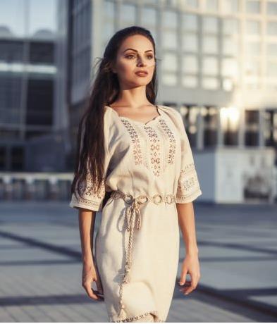 Модна вишиванка  сучасна інтерпретація традиційного одягу - Діана-клуб a4bef6745511c